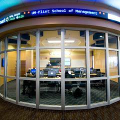 UM-Flint School of Management Finance Lab