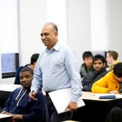 Director of UM-Flint's Mechanical Engineering program, Quamrul Mazumder, Ph.D.