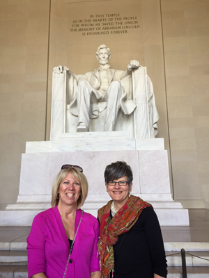 Lori Vedder and Mary Jo Sekelsky at the Lincoln Memorial