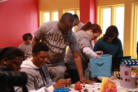 UM-Flint students get firsthand community engagement experience.