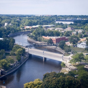 Downtown Flint, looking west down Flint River