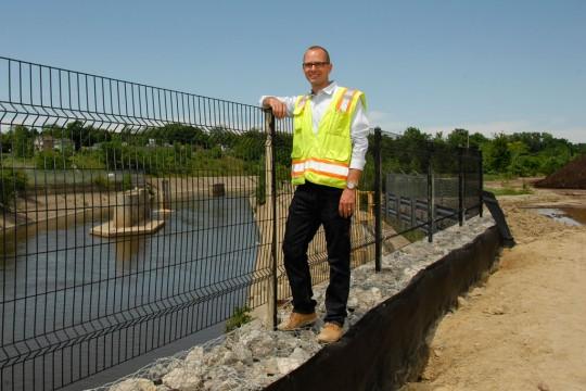 UM-Flint Earth and Resource Science alumnus Ryan Londrigan