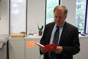 Thomas Wrobel reads Donna Fry's book dedication.