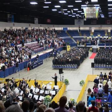 2015 UM-Flint Commencement ceremony.