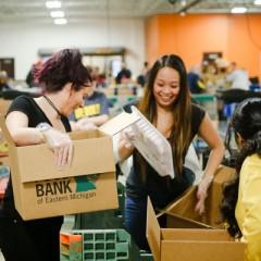 UM-Flint Service Saturday volunteers at the Food Bank of Eastern Michigan