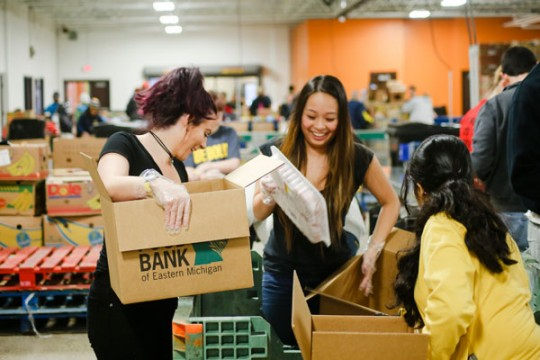 UM-Flint Service Saturday volunteers at the Food Bank of Eastern Michigan