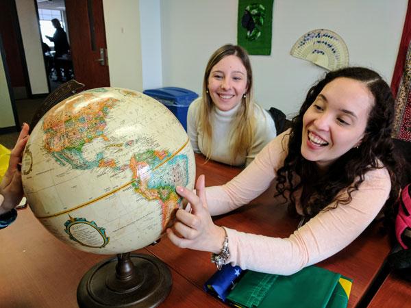UM-Flint English Language Program medical students from Brazil