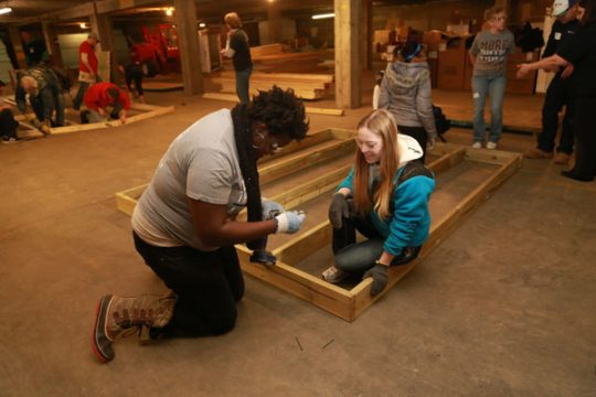 UM-Flint students participate in MLK Day of Service activities.