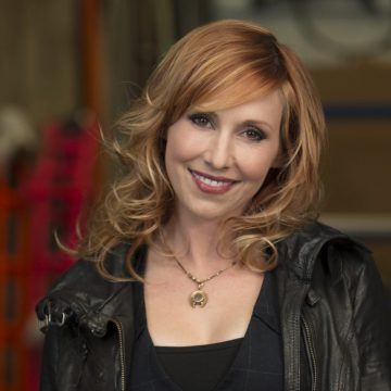 Mythbuster and author Kari Byron speaks at UM-Flint's Critical Issues Forum