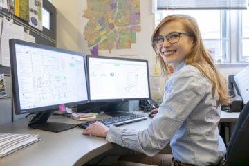 UM-Flint alumna Melissa Hertlein