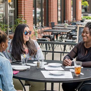 Students enjoying downtown Flint.</body></html>