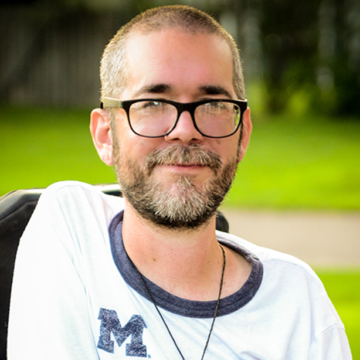 UM-Flint's Online B.S. in Psychology made a Michigan degree accessible for Brandon Lesner